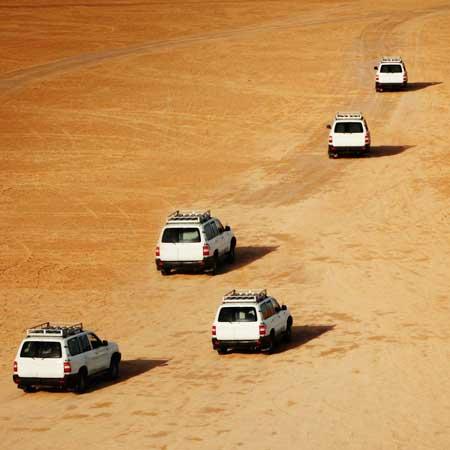 חילו רכבים מהשטח